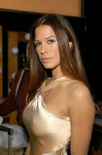 Rhona Mitra Without Bra 8x10 Picture Celebrity Print