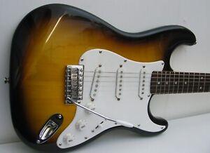 Fender Squier Strat Stratocaster Guitar