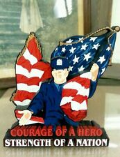 Shelia's Collectibles – 2001 Police Officers Hero, Sept. 11 – Usa 05