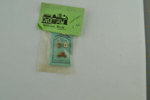Teenie Toy Handpainted 1/144th Scale Dollhouse Miniature Furniture NOS Set #4