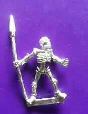 #C Sapin-Bolg Celtos I-Kore Miniature morts-vivants Squelette Avec Spear squelettes