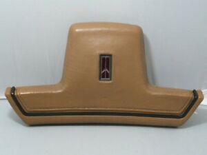 1988 Oldsmobile Cutlass Supreme - 2-Door Steering Wheel Center Trim / Horn (tan)