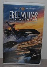 FREE WILLY 2 THE ADVENTURE HOME, VHS TAPE, 1995, CLAMSHELL