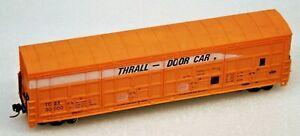 LIFE-LIKE HO THRALL-DOOR CAR DEMONSTRATOR BOXCAR RD #30000