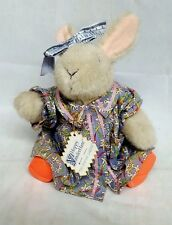 Vintage Ho 0000339F ppy Vanderhare The Sewing Lesson 1990 The Muffy Vanderbear Collection