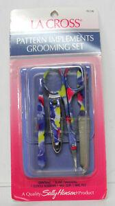 La Cross Sally Hansen Pattern Implements Grooming set 761D6 Blue Case