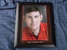 Igor Vovkovinskiy Autographed 8x10 Photograph Framed Tallest Man in America!!!!