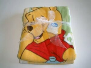 NWT Kidsline Disney Baby Winnie The Pooh Yellow Green Cream Fleece Baby Blanket