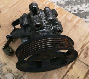TOYOTA COROLLA verso 1.8 vvti 1ZZ-FE Power steering pump 2004-2007