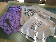 3 Sweantshirts, tolle Farben und Details Größe: 134/140 für Mädchen