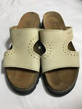 df22fb7f3e82 NEW Naot Israel Leather TAN Beige Sandals Slip On Shoes Size 36 NWOB