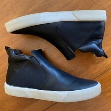 MEN'S    NEW  GUESS HIGH TOP SNEAKERS IN BLACK SIZE 10 M