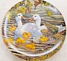 """Lowell Davis Collector Plate """"Bustin With Pride"""" Duck Family Big Green Frog"""