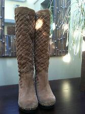UGG  Australia 'Arroyo Weave' Boot Size 5