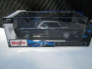 Maisto 31885 Maisto 1:18 Scale 1965 Pontiac GTO