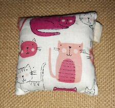 Handmade pin cushion (cats )🇬🇧👍