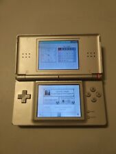 Nintendo DS Lite Metallic Silver - Working but R button defect have to be fix.
