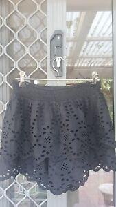 Karlie pants skirt small