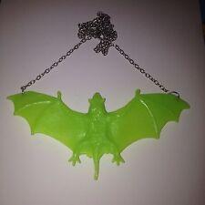 Bate De Plástico Verde Grande Collar Gótico Emo Cyber Raver peculiar Cool Nuevo Kitsch