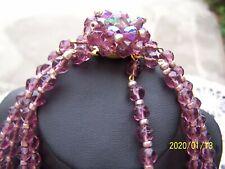 Ancien collier à 4 rangs en perles de verre couleur violet. Années50. N°72