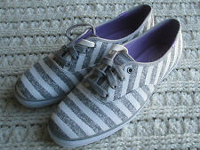Womens KEDS Tie Fashion Sneakers 10 Canvas 2 Sets Laces Dark Gray White Stripes