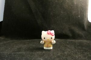 Sanrio Hello Kitty PVC Mini Figure  2012