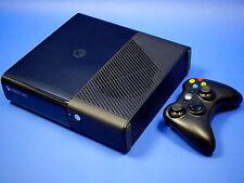 Microsoft XBOX 360 E 250 GB Konsole im One Design ~7547