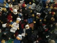 LEGO MINIFIGURE BUNDLE !!  20 random figures / people / minfigs