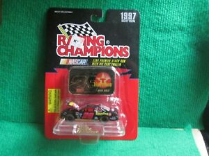 ERNIE IRVAN NASCAR #28 (RACING CHAMPIONS) 1:64 SCALE LOT T78 NEW