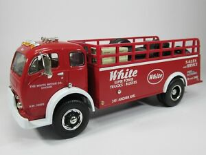 FIRST GEAR, 1:34 scale, 1953 WHITE 3000 TRUCK, MOTOR CO. with TYRE LOAD, NO BOX