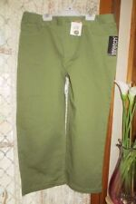 Straight Leg Regular Size Capris, Cropped Pants for Women