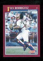 IVAN RODRIGUEZ 1991 SCORE #82T TRADED ROOKIE CARD RANGERS HOF SET BREAK RC NICE!