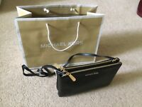 Genuine Michael Kors Jetset Shoulder Black Leather Bag ( brand new with tag)