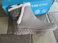 NEW SKECHERS ON THE GO COZIES BOOTS TAUPE WOMENS 6.5 #14356