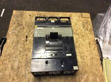 Square-D 600a molded case circuit breaker, #Map36600, missing covers