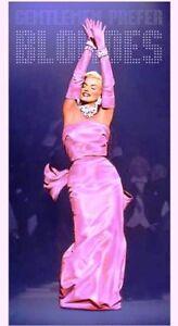 Licensed Marilyn Monroe Beach/Bath Cotton Towel Gentlemen Prefer Blondes Pink