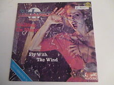 45 Tours PETER JACQUES BAND Walking on music , fly with the wind 100463