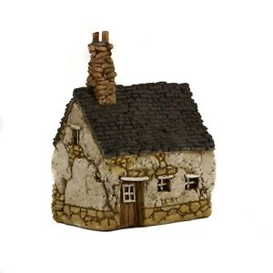 Miniature House with Chimney (Small) TO 4910 Miniature Fairy Garden