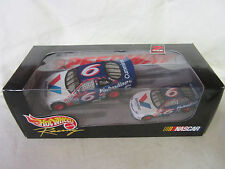 Hot Wheels 1998 Racing Nascar Valvoline #6 1/43 and 1/64 Cars 2 Pack Mark Martin