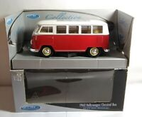 WELLY 1:25 SCALE DIECAST 1962 VOLKSWAGEN VW CLASSICAL BUS - RED & WHITE - 22095W