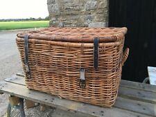 Large brown Wicker Basket With Lid 2 Handel's Black Straps
