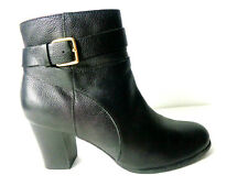 COLE HAAN Signature GRAND.OS US 7.5M Black Leather Side Zip Ankle Boots Booties