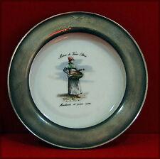 Assiette décorative en porcelaine de Chauvigny, pourtour étain