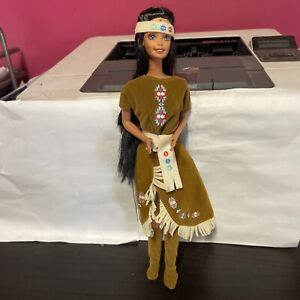 1995 Mattel American Indian Barbie Doll #14715 American Stories Collection