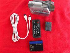 Sony DCR-HC32 Camcorder MiniDV mit Klappmoni für Bastler Zubehörpaket ANSEHEN