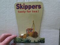 SKIPPERS TASTY FOR TEA CARDBOARD SHOP ADVERT SIGN c1950s SARDINES or KIPPERS