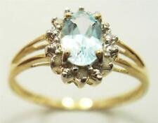 FABULOUS 10KT YELLOW GOLD BLUE TOPAZ & DIAMOND RING SIZE 7   R972
