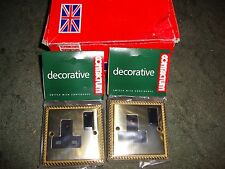 2 ELECTRIC SOCKETS BRASS  NEW white not black