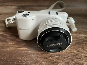 """Samsung NX2000 20.3MP Mirrorless Camera with 20-50mm i-Function Lens """"Excellent"""""""