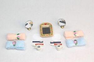 NEW Dolls House Bathroom Accessories Set - Towels Toothpaste Mirror Etc FREE P&P
